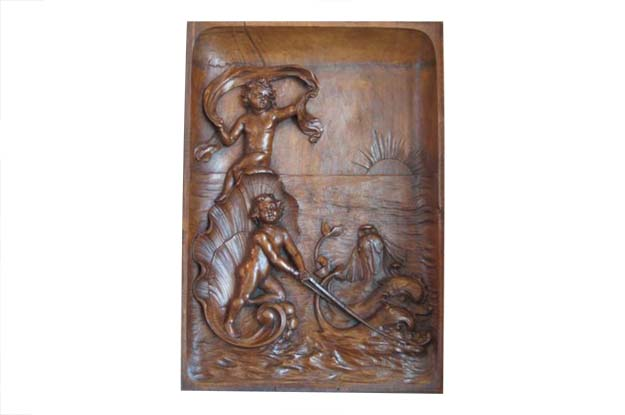 Italian 1820s Neoclassical Period Walnut Panel Carved in High-Relief with Putti
