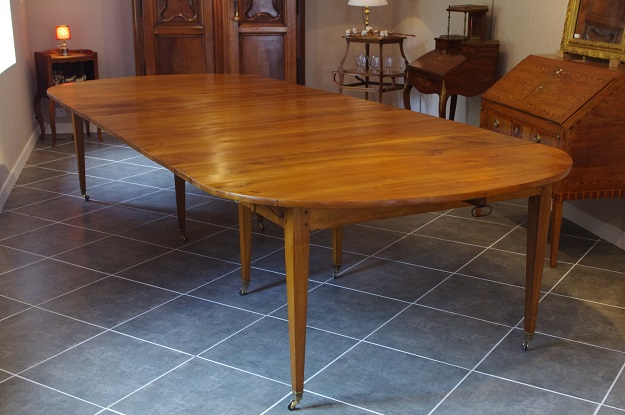 French 19th Century Dining Table
