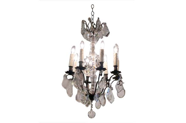 French 19th Century Crystal Chandelier with Eight Arms